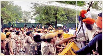 Water Cannons used by Delhi Police