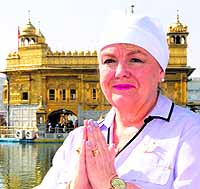 Canadian Minister Pays Obeisance at Darbar Sahib