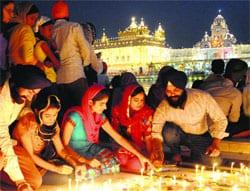 Sri Darbar Sahib at Night