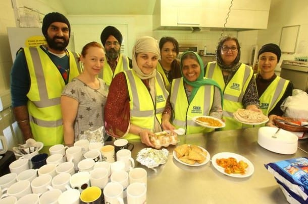 Sikh Community of Huddersfield UK Launch Initiative to Feed Town's Homeless