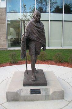 The controversial Carleton University Gandhi statue