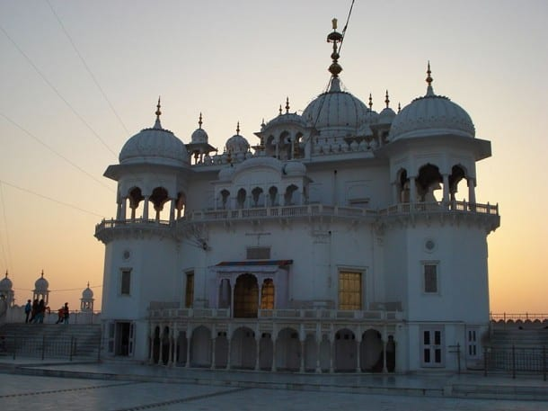 Keshgarh Sahib Goes Green With Electric Car Facility