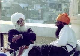 Sirdar Kapur Singh (Left) with Sant Jarnail Singh Bhindranwale
